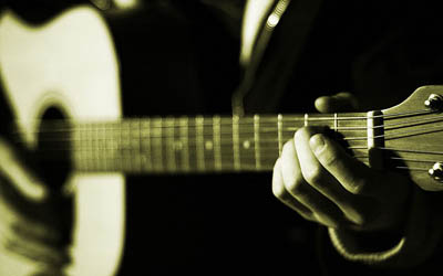 Acoustic Guitar Lessons in Wigan available